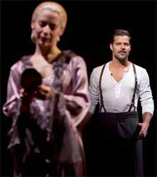 Ricky Martin is Che in EVITA
