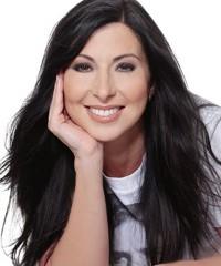 Latina of Influence | Tina Aldatz